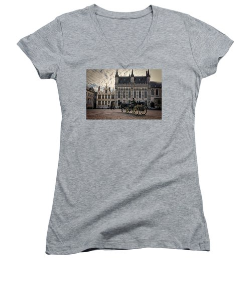 Horse And Carriage Women's V-Neck