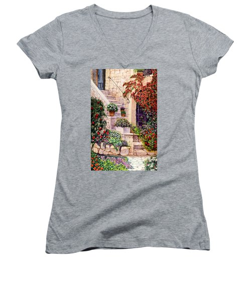 House In Oyster Bay Women's V-Neck T-Shirt