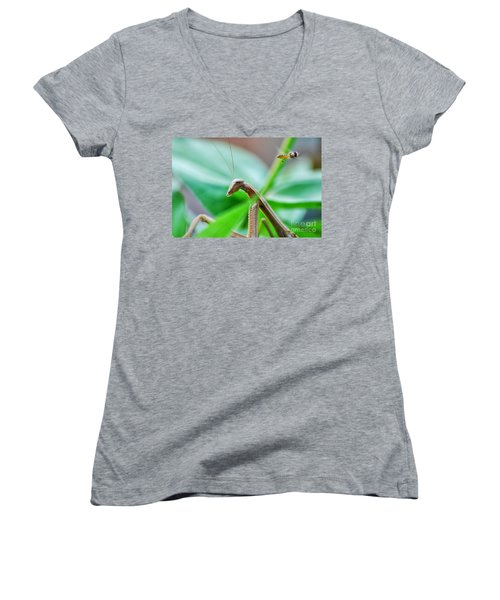 Women's V-Neck T-Shirt (Junior Cut) featuring the photograph I See You by Thomas Woolworth