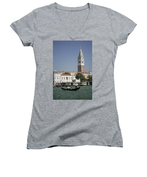 Iconic View Women's V-Neck (Athletic Fit)