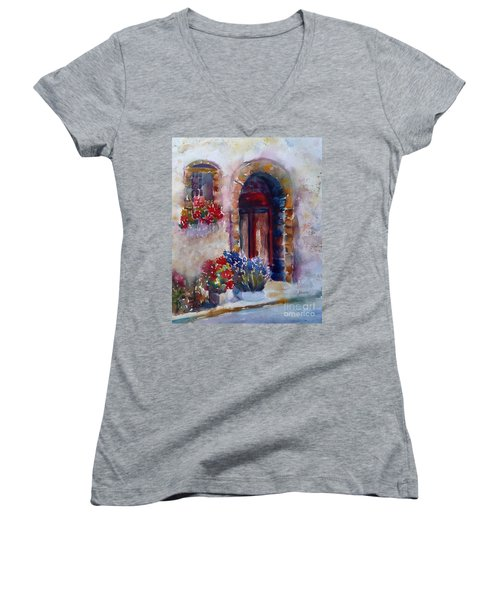 Italian Door Women's V-Neck