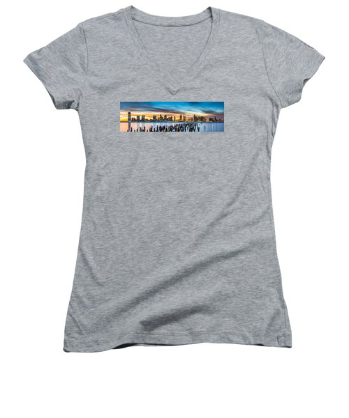 Jersey City Panorama At Sunset Women's V-Neck T-Shirt