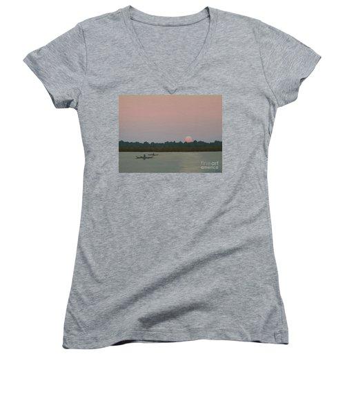 Kayaking At Kiawah Women's V-Neck T-Shirt