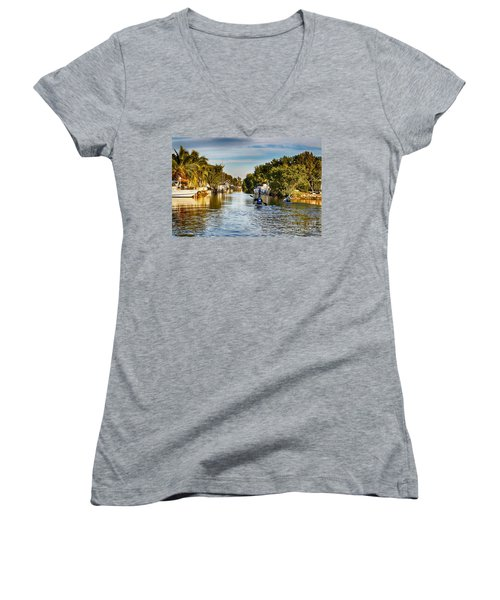 Kayaking The Canals Women's V-Neck T-Shirt