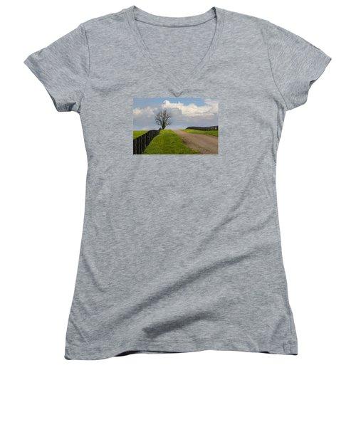 Kentucky Horse Farm Road Women's V-Neck T-Shirt
