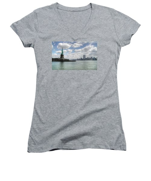 Lady Liberty And New York Twin Towers Women's V-Neck T-Shirt