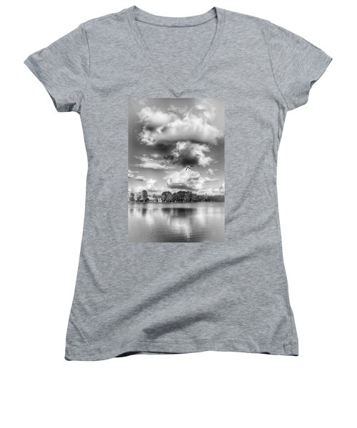 Women's V-Neck featuring the photograph Lake De Soto by Howard Salmon