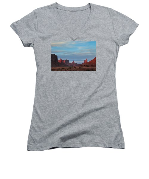 Women's V-Neck T-Shirt (Junior Cut) featuring the photograph Last Light In Monument Valley by Alan Vance Ley