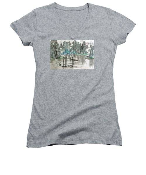Li River In Spring Women's V-Neck T-Shirt