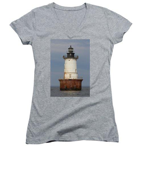 Lighthouse 3 Women's V-Neck (Athletic Fit)