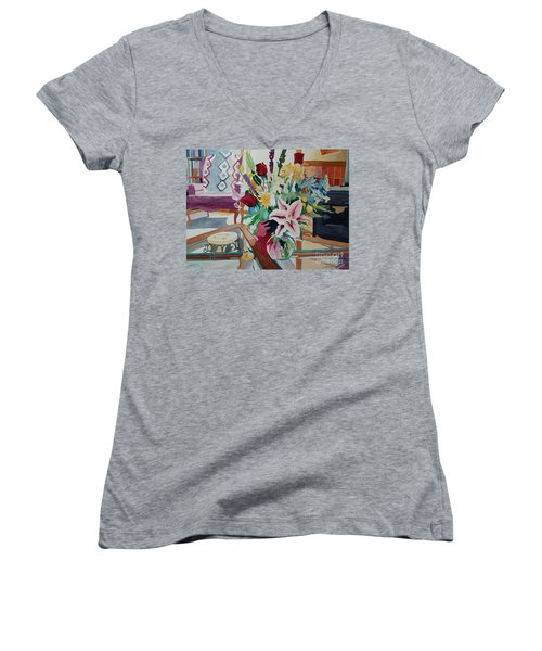 Lily Still Life Women's V-Neck T-Shirt