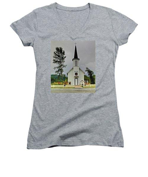 Little White Church Women's V-Neck
