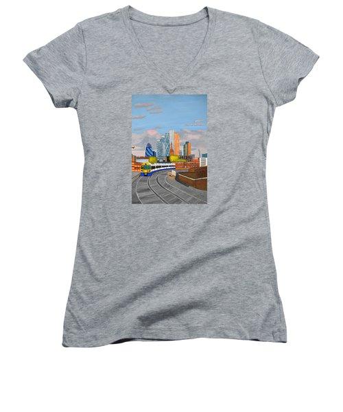 London Overland Train-hoxton Station Women's V-Neck T-Shirt (Junior Cut) by Magdalena Frohnsdorff