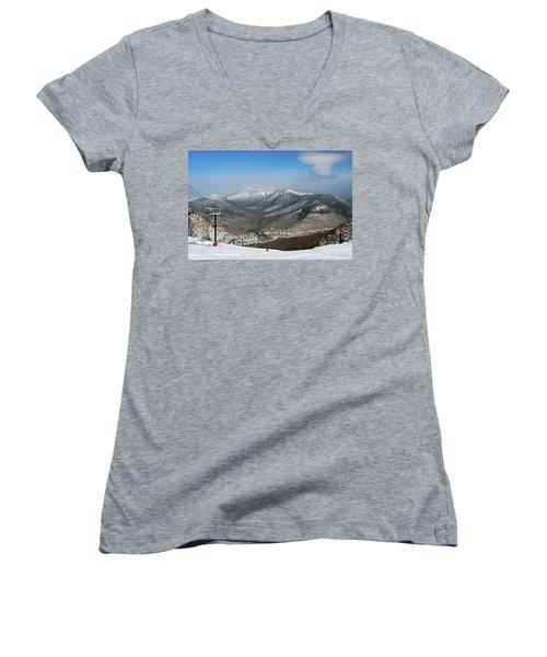 Loon Mountain Ski Resort White Mountains Lincoln Nh Women's V-Neck T-Shirt