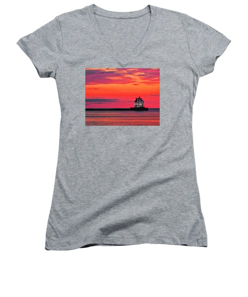 Lorain Lighthouse At Sunset Women's V-Neck T-Shirt (Junior Cut) by Michael Pickett