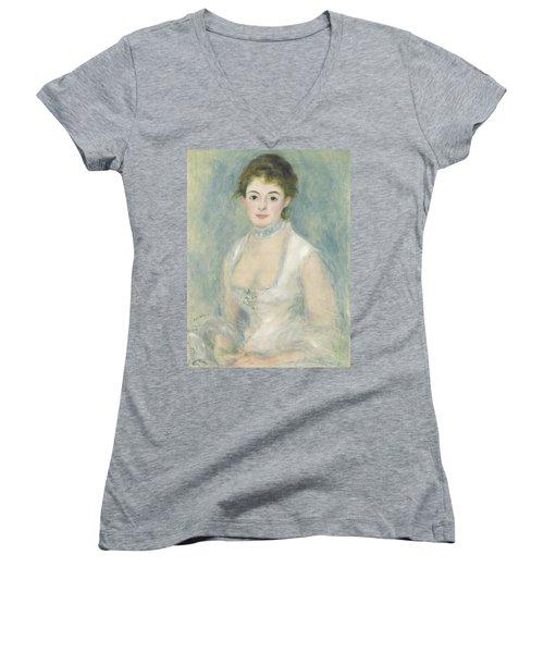 Madame Henriot Women's V-Neck T-Shirt