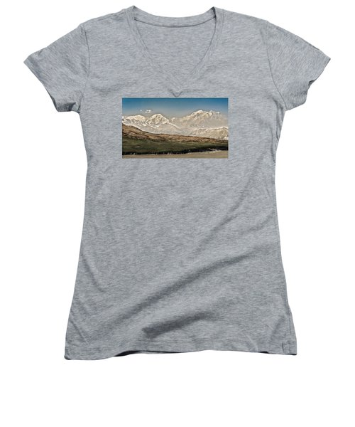 Majestic Mount Mckinley Women's V-Neck