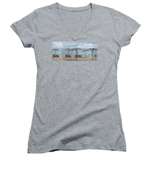 Women's V-Neck featuring the photograph Malazy Day At The Beach by Al Harden