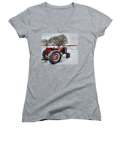 Massey Ferguson 165 Women's V-Neck