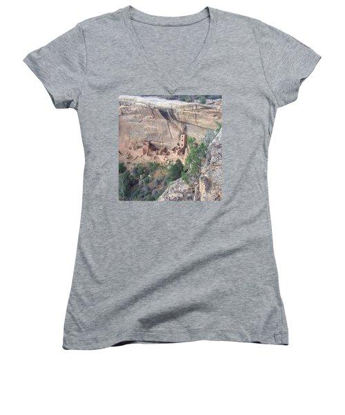 Mesa Verde Colorado Cliff Dwellings 1 Women's V-Neck T-Shirt