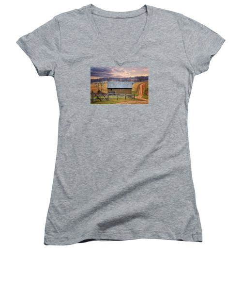 Middleburg Virginia Countryside Women's V-Neck (Athletic Fit)