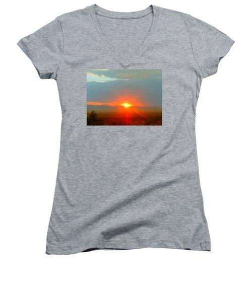 Mohave Sunset In Golden Valley Women's V-Neck T-Shirt