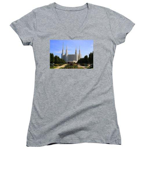Mormon Temple Dc Women's V-Neck T-Shirt