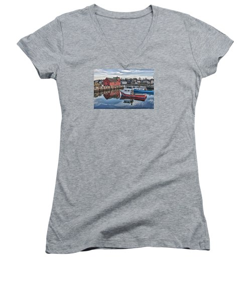 Motif 1 Sky Reflections Women's V-Neck