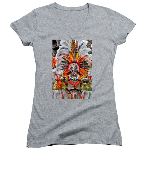 Mummer Wow Women's V-Neck (Athletic Fit)