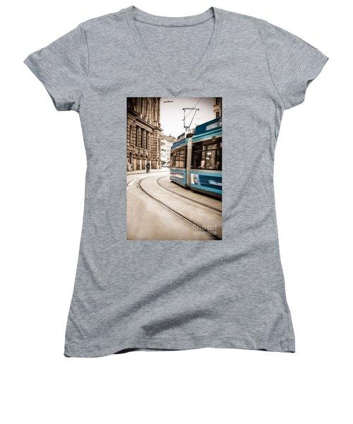 Munich City Traffic Women's V-Neck T-Shirt