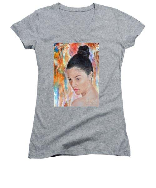 Myra Molloy Winner Of Thailand Got Talent II Women's V-Neck T-Shirt (Junior Cut) by Jim Fitzpatrick