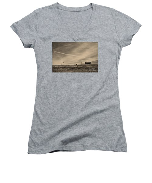 An Abandoned Nebraska Barn Women's V-Neck T-Shirt