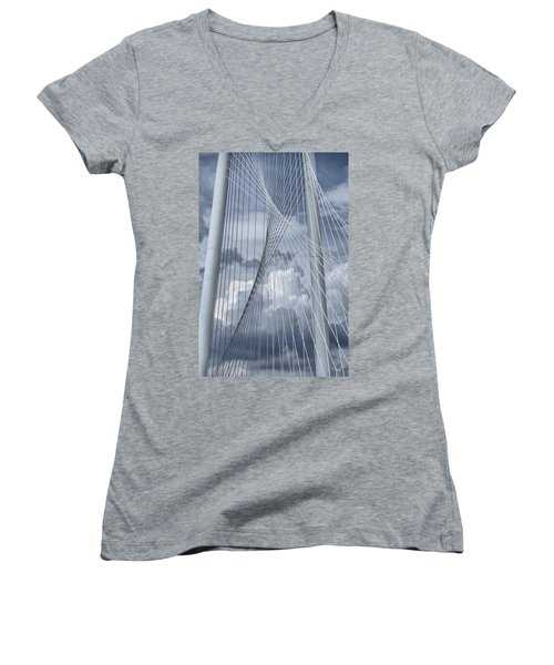 New Skyline Bridge Women's V-Neck T-Shirt (Junior Cut)