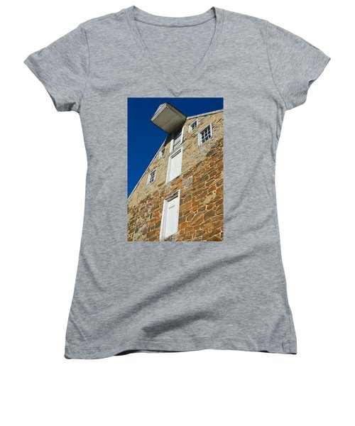 Nolt's Mill Skyward Women's V-Neck