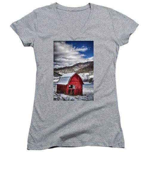 North Carolina Red Barn Women's V-Neck T-Shirt (Junior Cut) by John Haldane