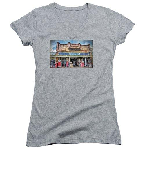 Northington Land And Cattle Women's V-Neck T-Shirt