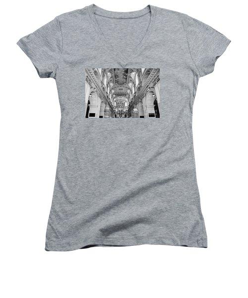 Notre-dame Basilica Women's V-Neck T-Shirt