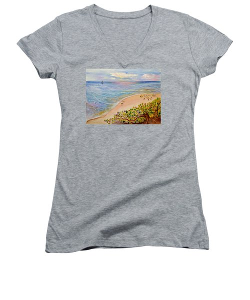 Seaside Grapes Women's V-Neck T-Shirt