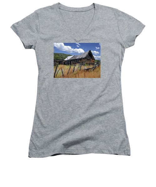 Old Barn Las Trampas New Mexico Women's V-Neck