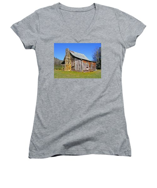 Old Cabin Along Macedonia Church Road Women's V-Neck (Athletic Fit)