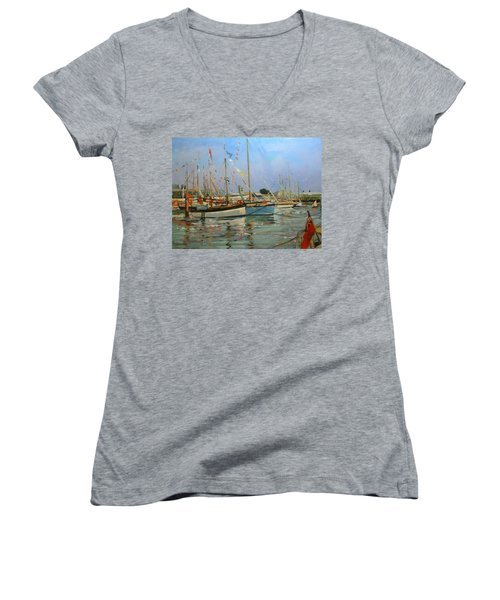 Old Gaffers  Yarmouth  Isle Of Wight Women's V-Neck T-Shirt