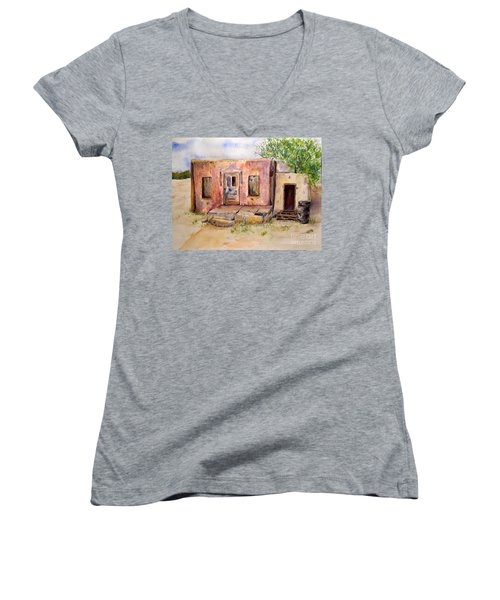 Old House In Clovis Nm Women's V-Neck (Athletic Fit)
