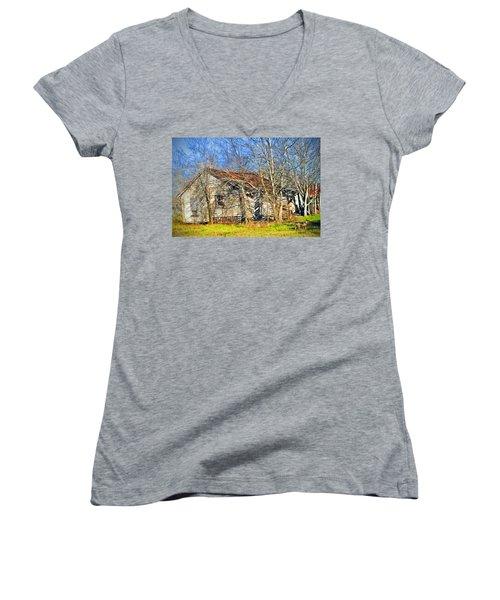 Old House Women's V-Neck T-Shirt (Junior Cut) by Savannah Gibbs
