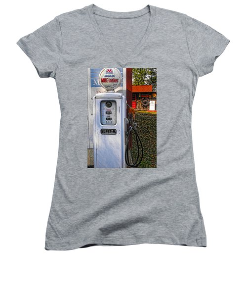 Old Marathon Gas Pump Women's V-Neck T-Shirt