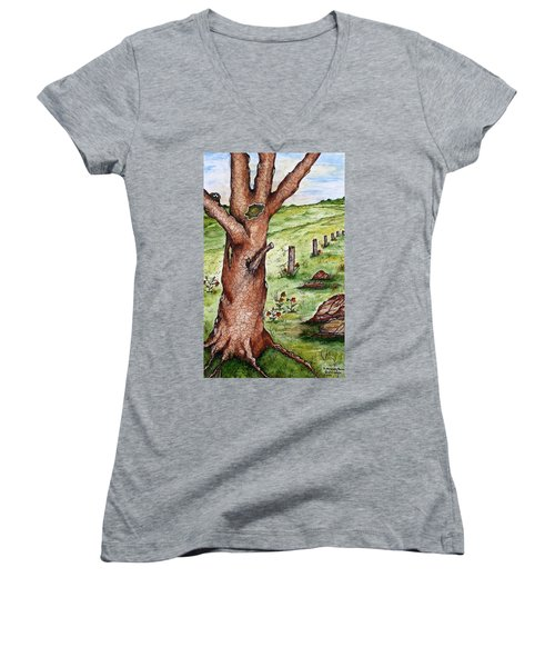 Old Oak Tree With Birds' Nest Women's V-Neck (Athletic Fit)