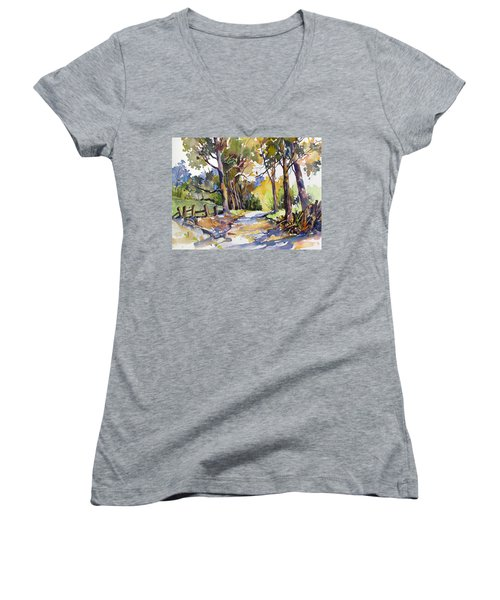 Olinda Trees Maui Women's V-Neck (Athletic Fit)