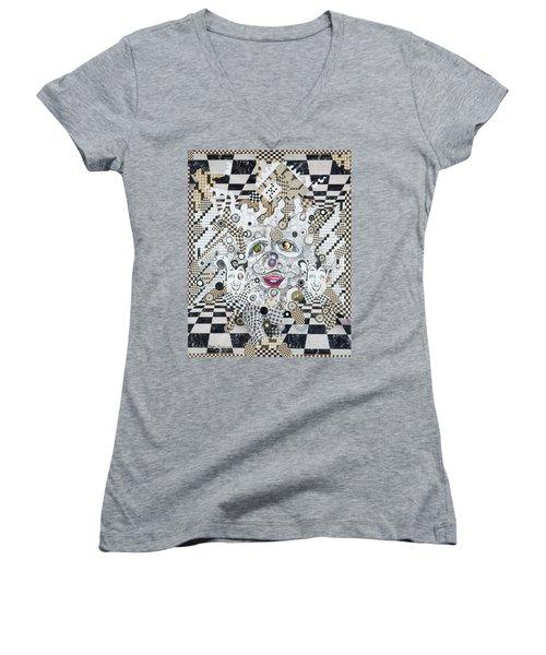 Olive Eyes Women's V-Neck T-Shirt