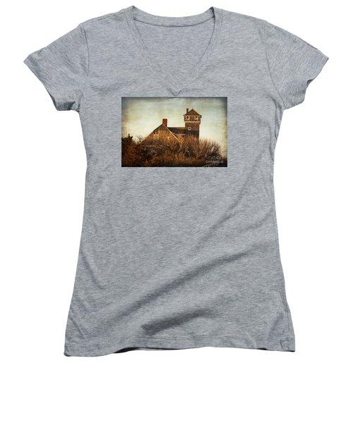 On The Hook  Women's V-Neck T-Shirt (Junior Cut)