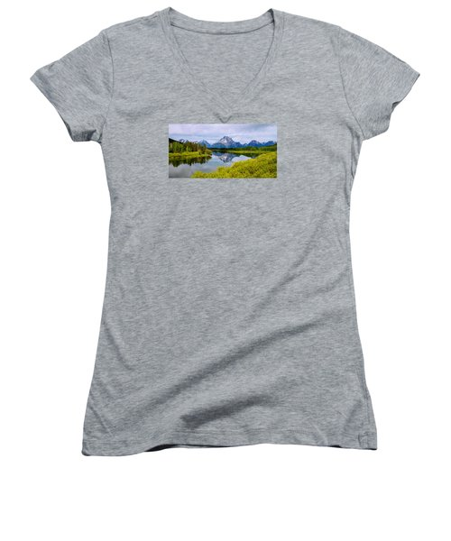 Oxbow Summer Women's V-Neck T-Shirt