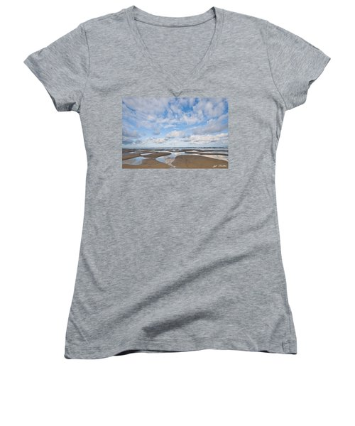 Pacific Ocean Beach At Low Tide Women's V-Neck